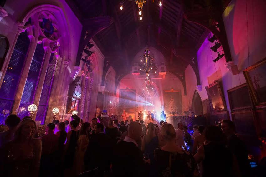 Madhen Rachael and Olly's wedding by Matt Porteous