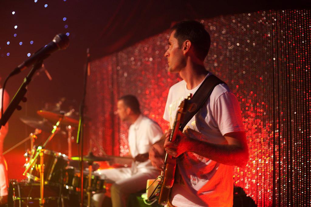 Madhen-Band-Ogier-Party-Martyn-Paul