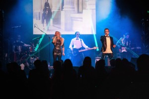 Madhen Band Live In Cannes