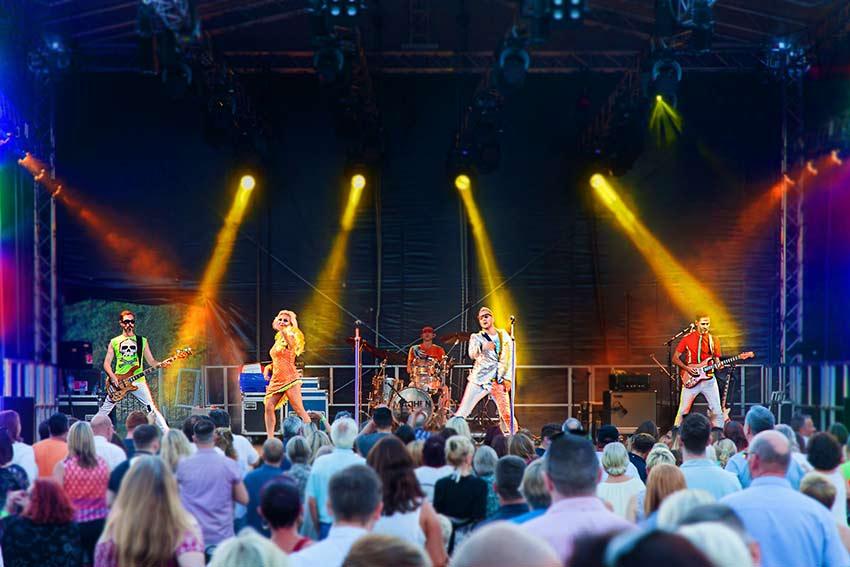 Madhen Party Band Tonbridge Music Weekend Tonbridge Castle Simon Partington